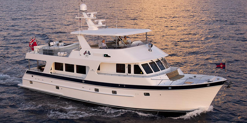 Outer reef yachts global long range yacht builder - Miami boat show ...
