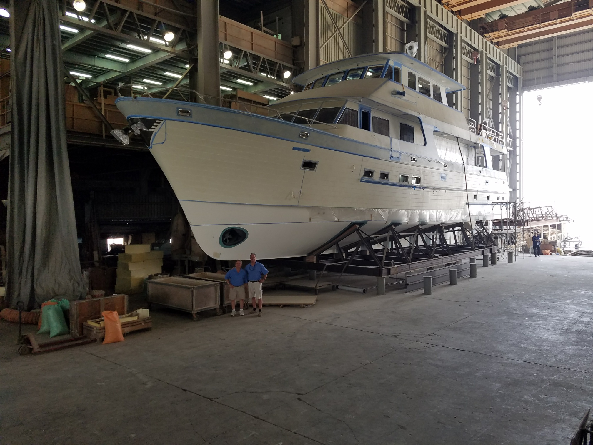 Photos of A New 860 Deluxbridge Motoryacht In Build