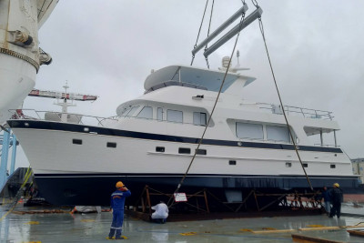 Another New 700 MY On Her Way from the Shipyard!