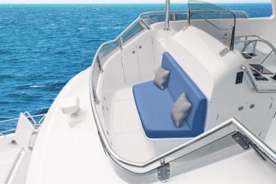 Watch 640 Outer Reef Classic Azure Sneak Peek Video #2: Bridge View Deck