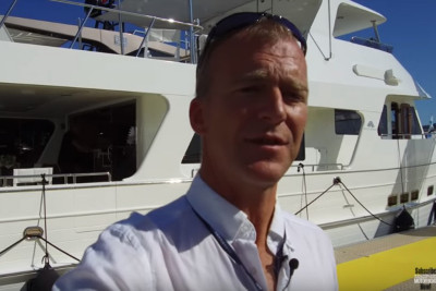 New Video! Outer Reef 640 Classic Azure Motorboat & Yachting