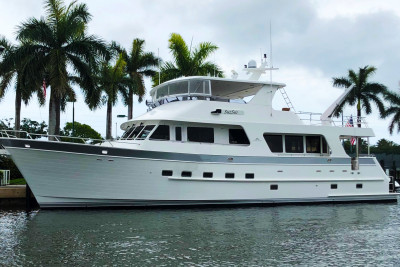 New Featured Listing - Outer Reef 73' Motoryacht SUZSEA