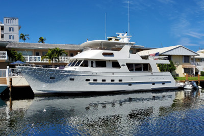 NEW LISTING! Outer Reef 2005 730 Motoryacht LION'S SHARE