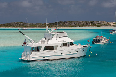 580 Motoryacht ARIEL Practicing Social Distancing in Exumas and Beyond