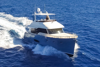 Outer Reef 620 Trident's Innovative Features Includes Convertible Hard Top