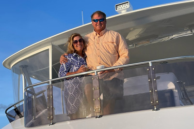720 Outer Reef Motoryacht BB Owners Enjoying Their Vantage Point