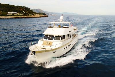 New Walkthrough Video! 2017 630 Outer Reef Motoryacht