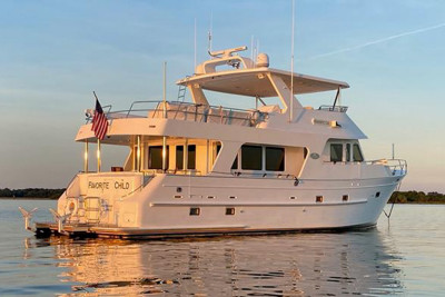 Owners Chose Outer Reef 650 FAVORITE CHILD Due to Essential Headroom