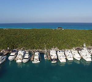 Outer Reef Yachts 2016 Owners Rendezvous In Highbourne Cay