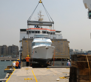 New Outer Reef 610 Motoryacht Shipped
