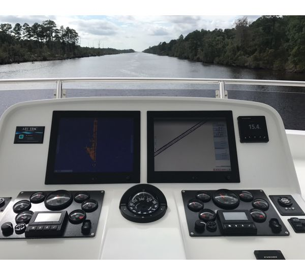 610 Motoryacht SANDANA on The Alligator Creek Canal