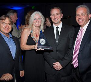 Outer Reef Yachts Receives the Best In Class AIM Award