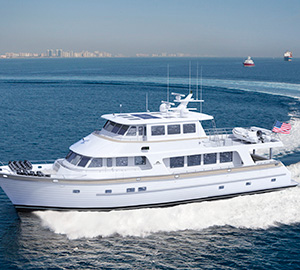 New Outer Reef Full Beam 86' Deluxbridge Motoryacht