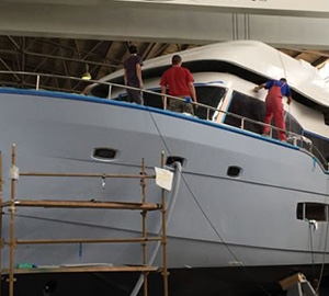 First flybridge fixed to Trident 550