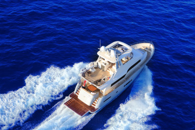 Trident 620 by Power and Motoryacht