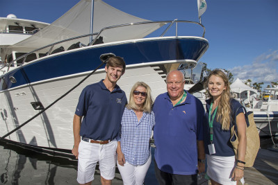 Outer Reef Christens 860 Motoryacht HQ at 2017 Fort Lauderdale Boat Show