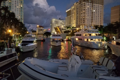 2017 Fort Lauderdale Boat Show Move Out