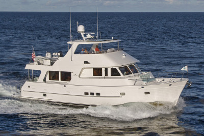 610 Motoryacht Video: Why We Chose Outer Reef Yachts