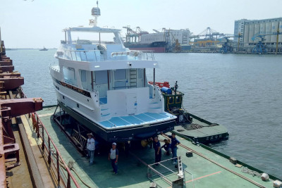 Another New Outer Reef 610 Leaving Shipyard