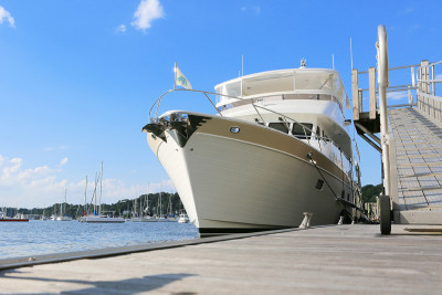 A Captain's Journey Aboard the New Outer Reef 700 MY ANA LUISA