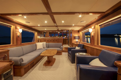 New Outer Reef 700 JULIANNE Interior Photos
