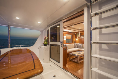 New Outer Reef 610 EQUIESSENCE Interior Photos